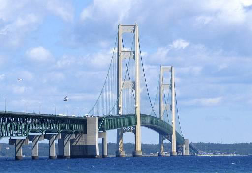 LightningVolt_Mackinac_Bridge