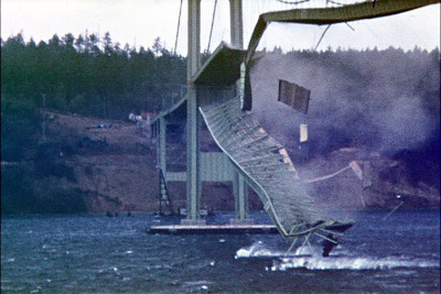 TacomaNarrowsBridgeCollapse_in_color