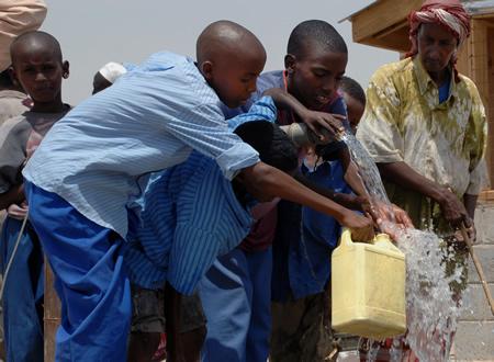 Children Get Fresh Water from the US Navy