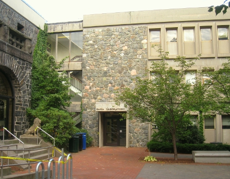 Tufts University Dana Laboratory