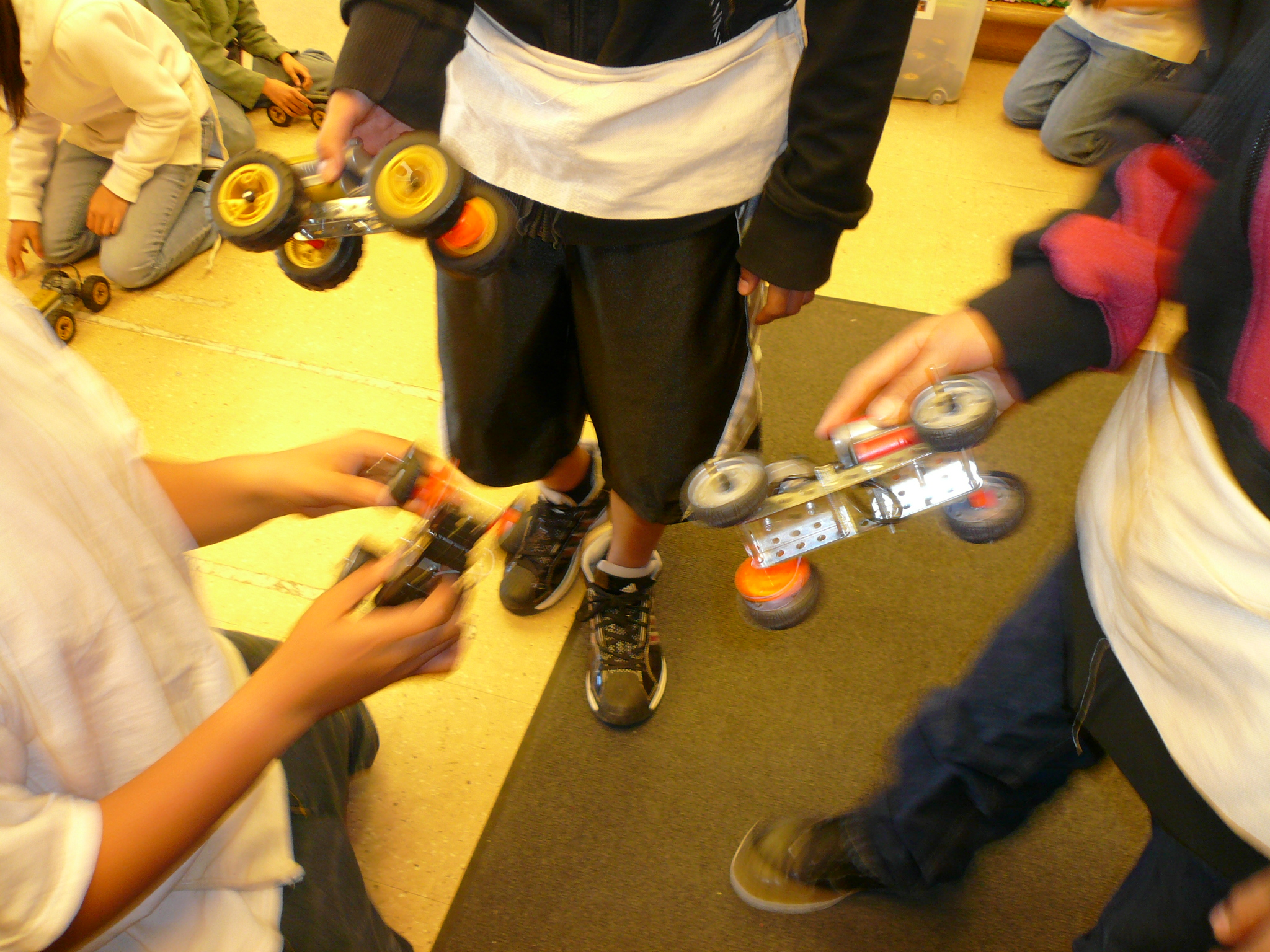 Egfi For Teachers Build A Toy Workshop Project On Electric Circuit Car Engineering