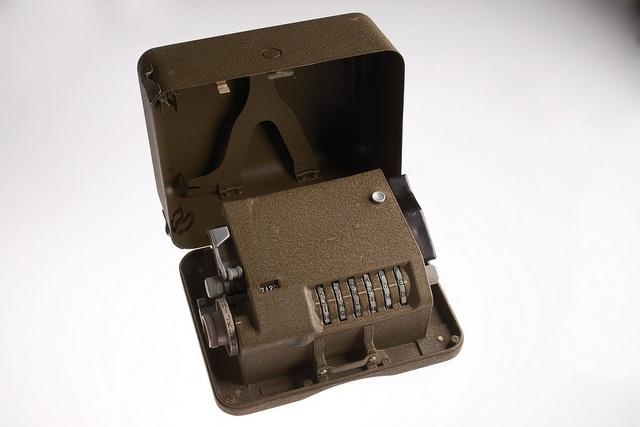 cipher machine M-209
